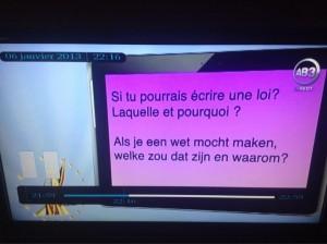 Les scies n'aiment les raies (air connu). Vu lors de l'élection de Miss Belgique.