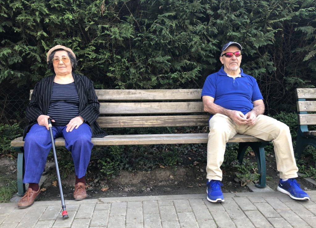 Antoine et madame, la distanciation sociale en avril 2020